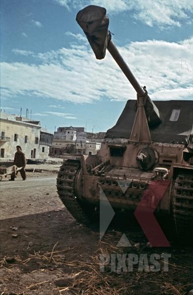 stock-photo-german-marder-3-panzer-in-la-goulette-tunisia-1942-12546.jpg