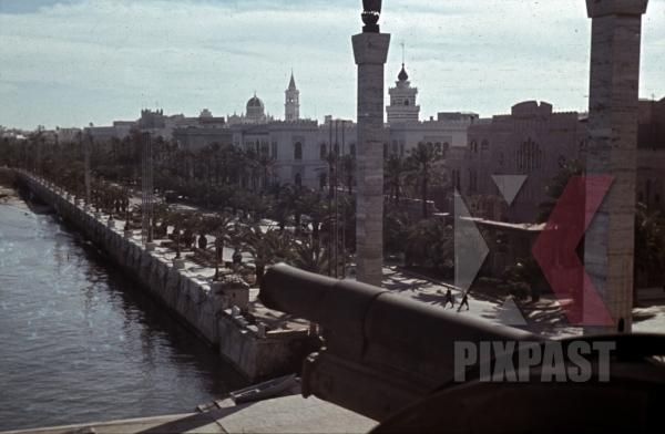 stock-photo-view-from-assaraya-alhamra-over-tripoli-libya-1942-12538.jpg