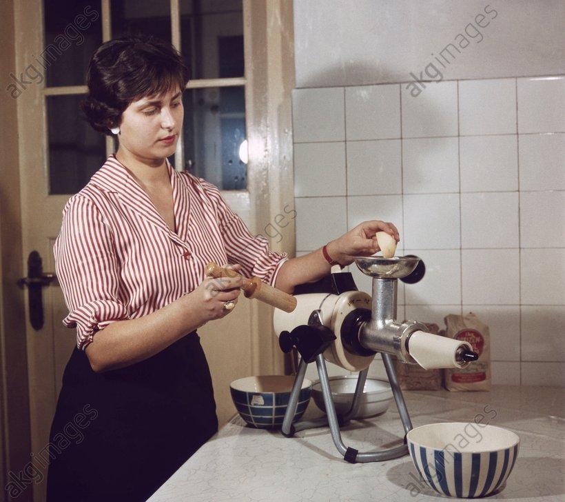 Mixette-Universalgerдt um 1960 - Mixette-Universal / c.1960 -