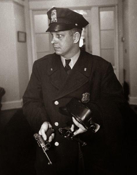 Washington D.C. Metropolitan Police M.P.D. in the 1950s (7).jpg