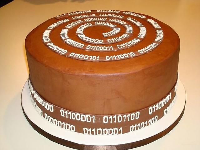 Открытка. День тестировщика. Поздравляем тортиком!