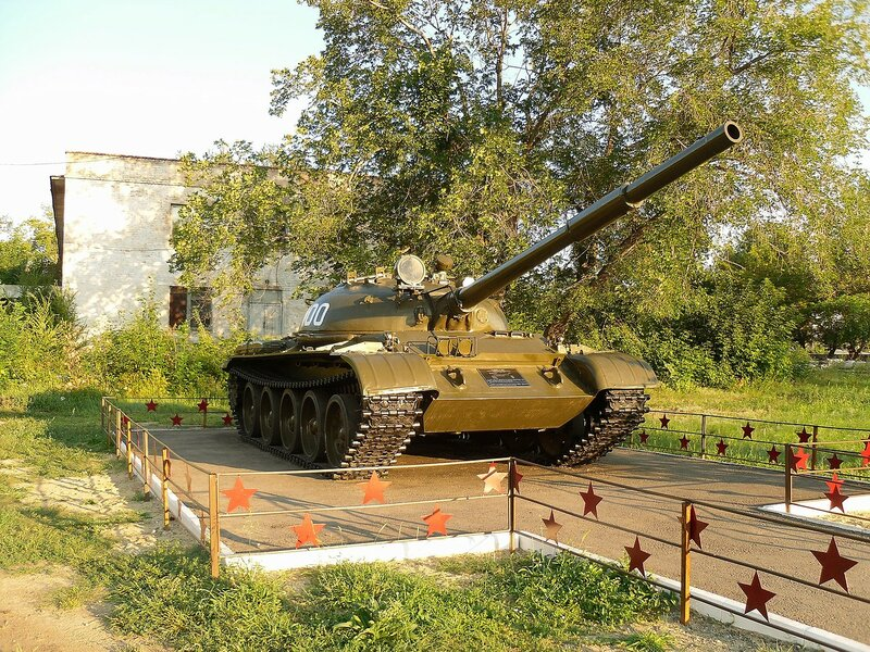 Танк Т-62 в Славгороде.