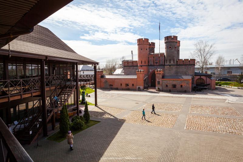 На территории музея действует историко-культурный центр «Корабельное воскресение» и посвящен истории
