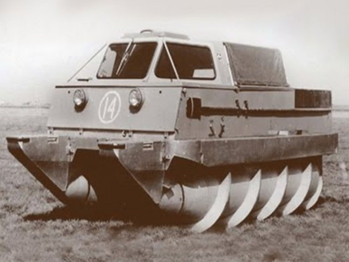 Шнекоход ЗиЛ-2906 задействовался в советской космической программе. | Фото: drive2.ru. Для управлени