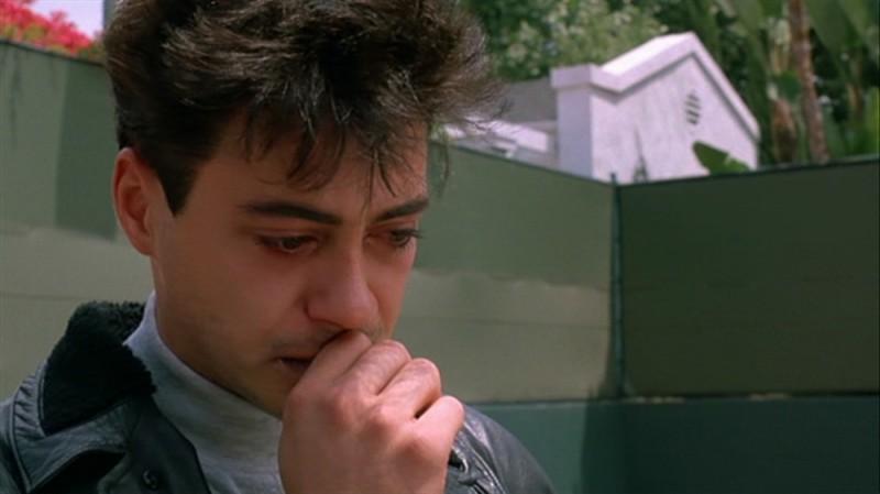 Роберт Дауни-младший , «Меньше чем ноль» Может, это и не лучшая роль Дауни-младшего, но у него хорош