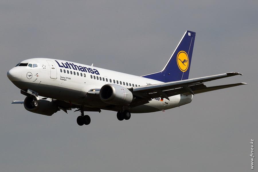 B-737_D-ABIB_Lufthansa_zps04448641.JPG