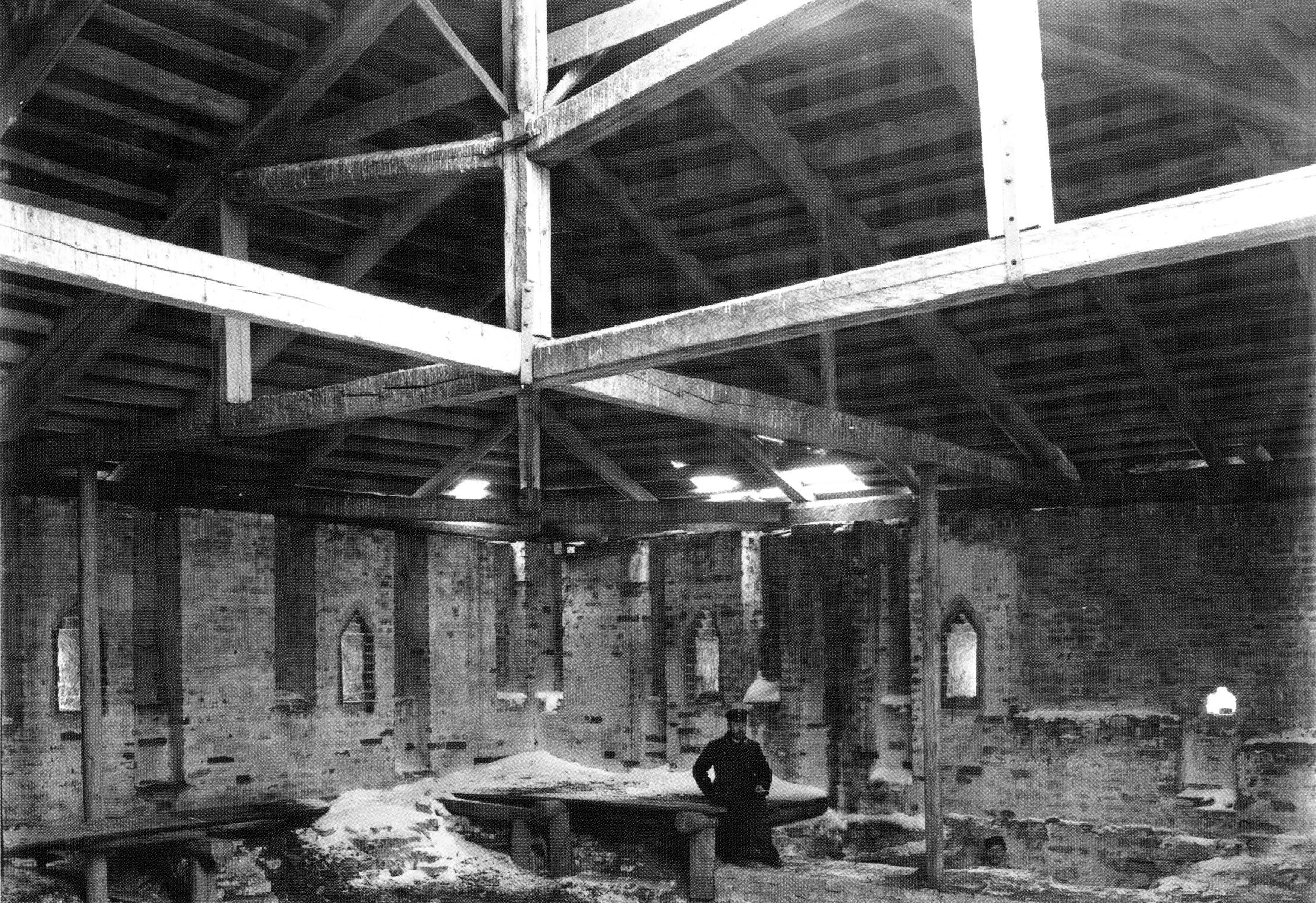 Внутри Никольской башни. Верхний ярус. 1903
