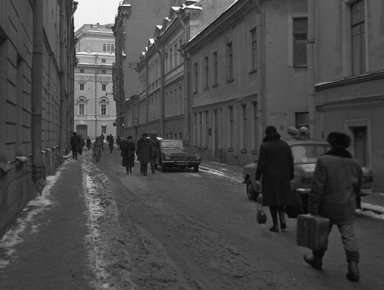 Переулок Крылова