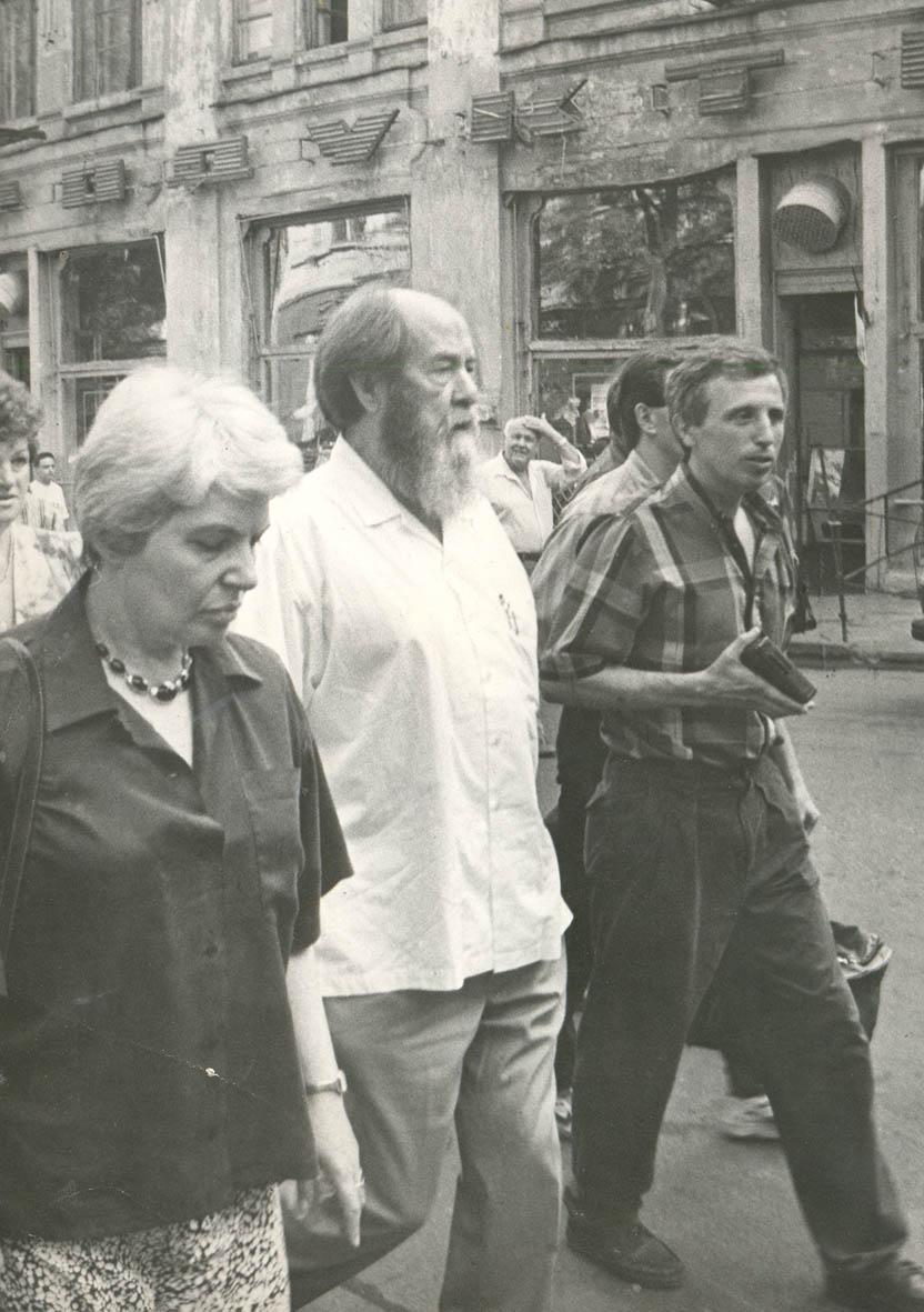 20030924_12-35-Солженицын в Ростове 1994, заметки репортёра
