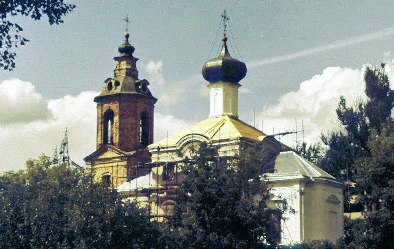 1993 Храм в Очаково. Автор фотографии Архиповы Маргарита и Владимир.jpg