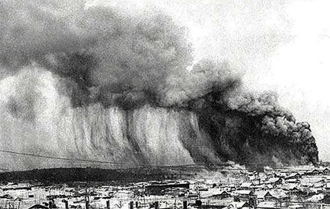 1883_cunami.jpg