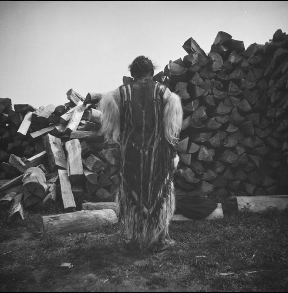 Нарым. Тунгус в праздничном одеянии