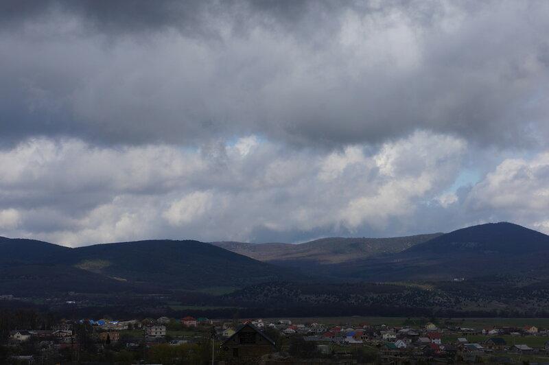 Крым, Байдарская долина, село Орлиное