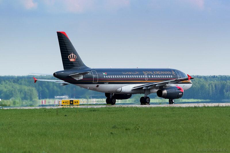 Airbus A319-132 (JY-AYL) Royal Jordanian 157_D800829a