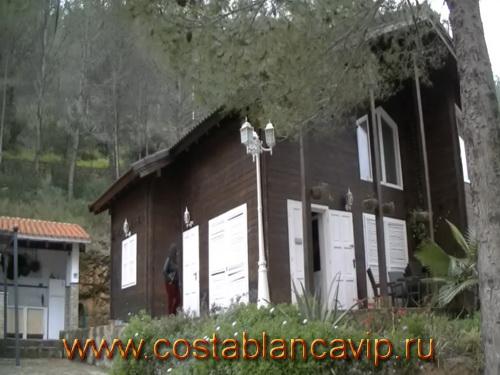 дом в Gandia, дом в Гандии, недвижимость в Испании, дом в Испании, недвижимость в Гандии, Коста Бланка, CostablancaVIP, вилла в Испании, вилла в Гандии, дом в лесу, деревянный дом в Испании