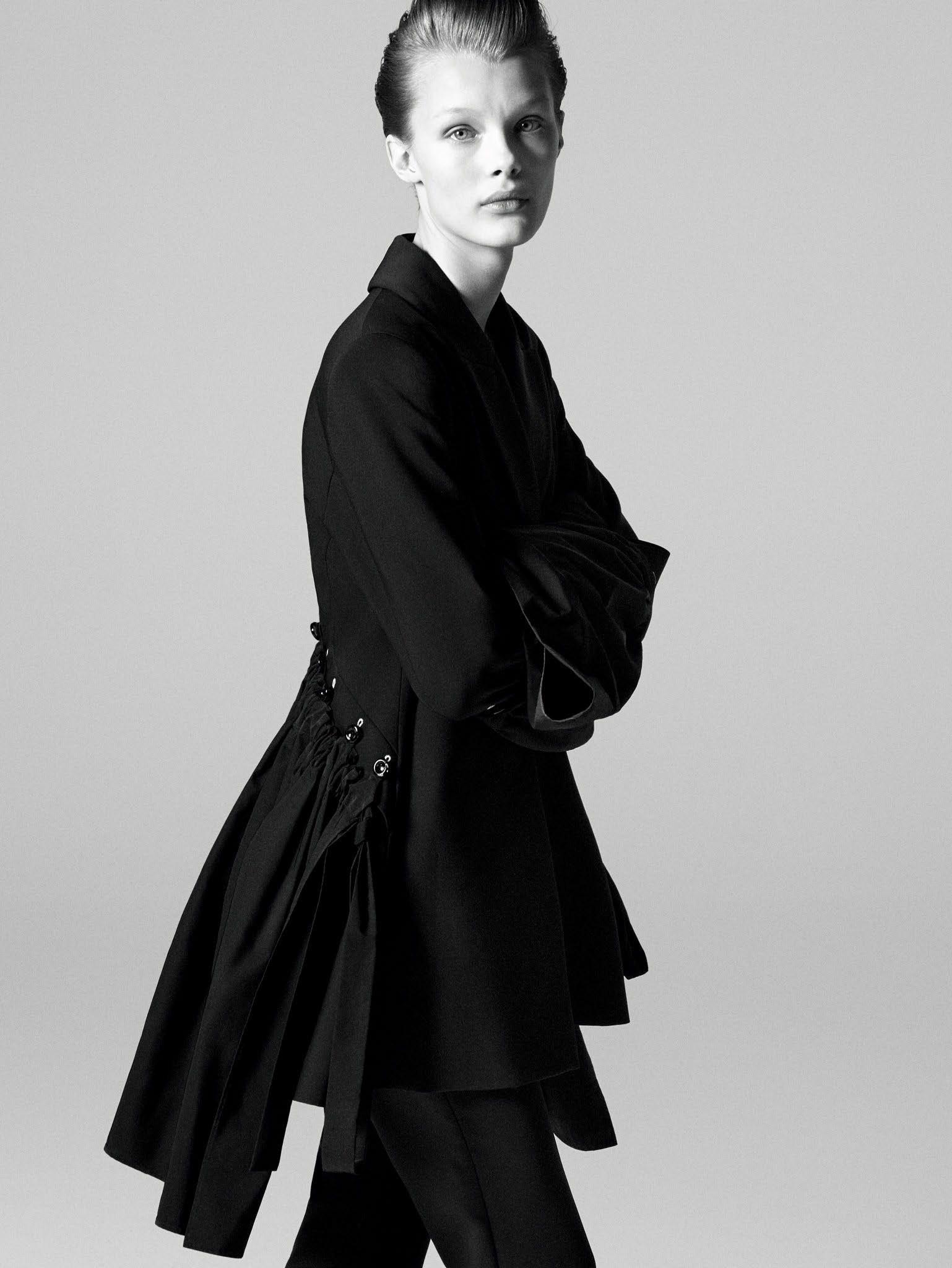 Кристина Грикайте в фотосъёмке Дэниела Джексона для китайского Vogue, май 2017 9