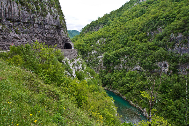 НезаМОРАЧАвайтесь 2. Горнолыжный черногорский курорт Колашин со столицей страны Подгорицей связ