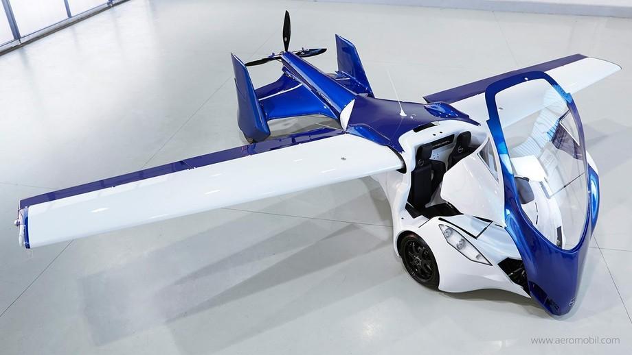 4. Двигатель Rotax 912 способен разогнать AeroMobil 3.0 на шоссе до 160 км/ч, в воздухе — до 200 км/