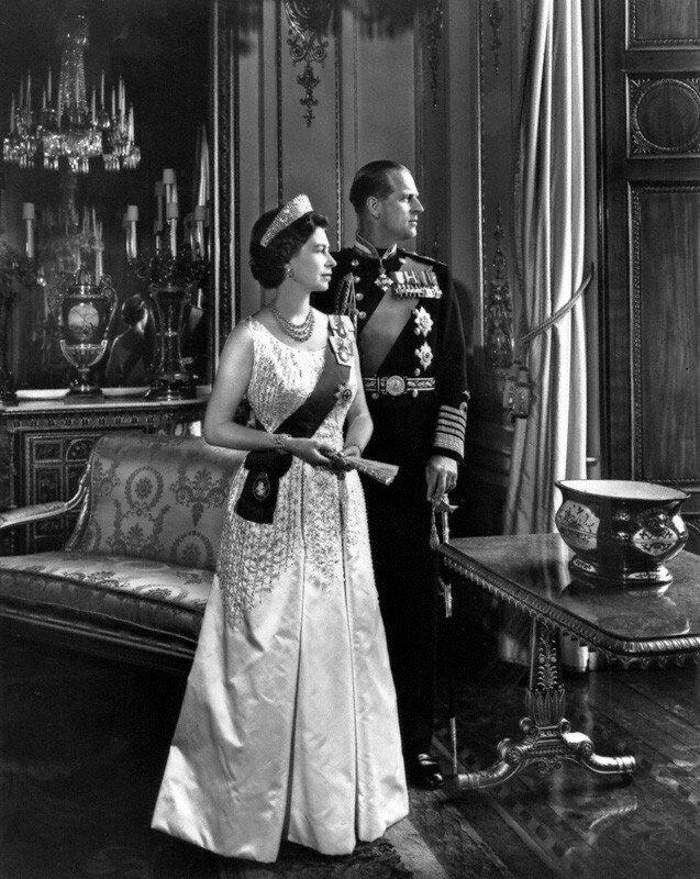 Elizabeth II, 1966