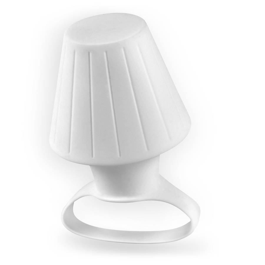 Smartphone Accessory Turns Camera Flash in Mini Lamp