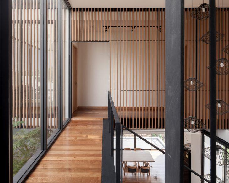 Aperture House by Stu/D/O