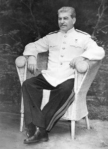 Сталин-Stalin_.jpg