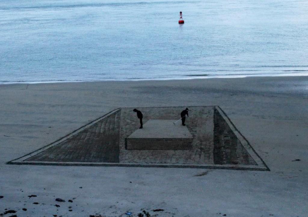 Джейми Харкинс. 3D на пляже.