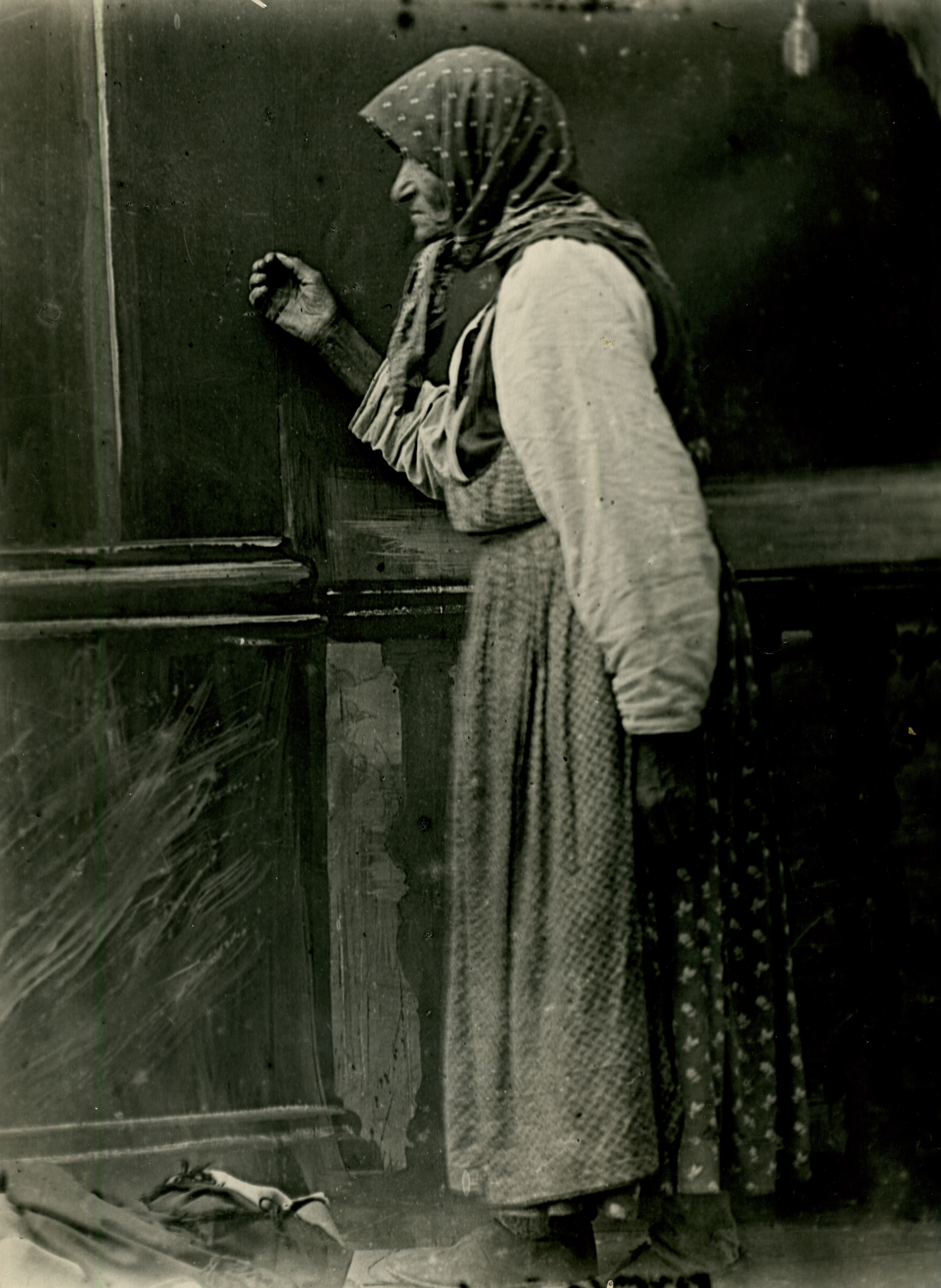 Крестьянка в избе. Муромский уезд, 1900-е.