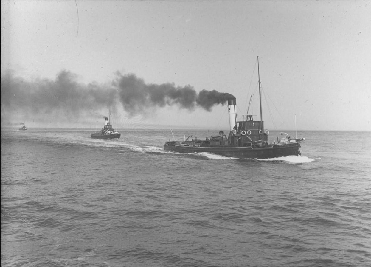 18 – 23 августа 1914. Вид на караван судов в Северном Ледовитом океане у Карских ворот