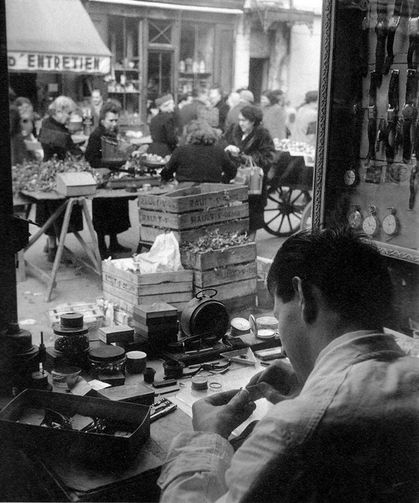 1950. Часовщик. Париж