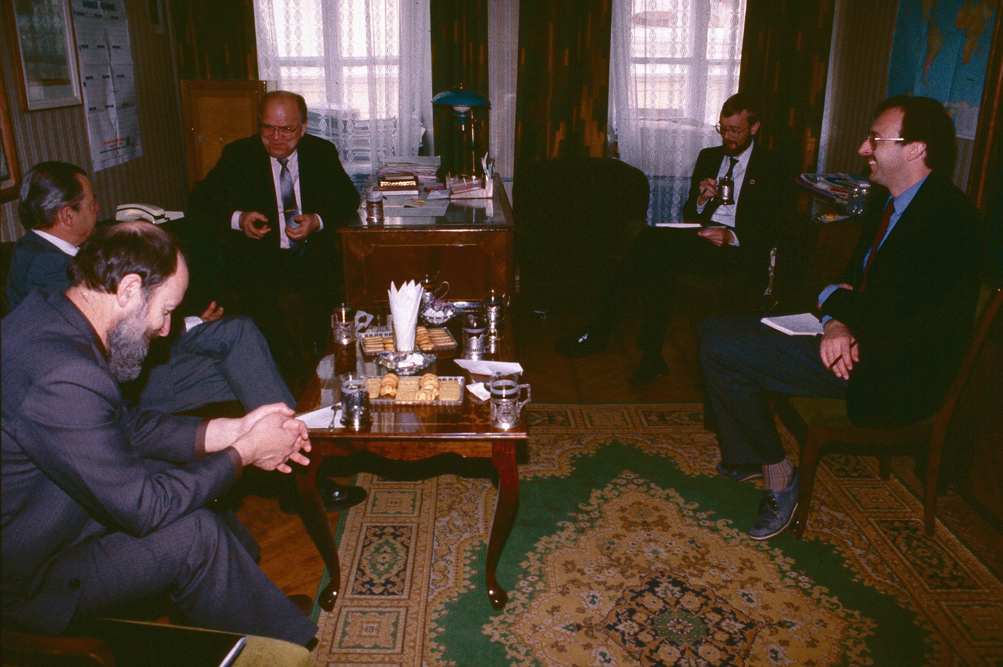 Встреча в офисе Алексея Бычкова