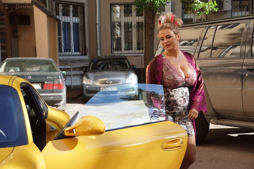 Анна Семенович на съемках клипа