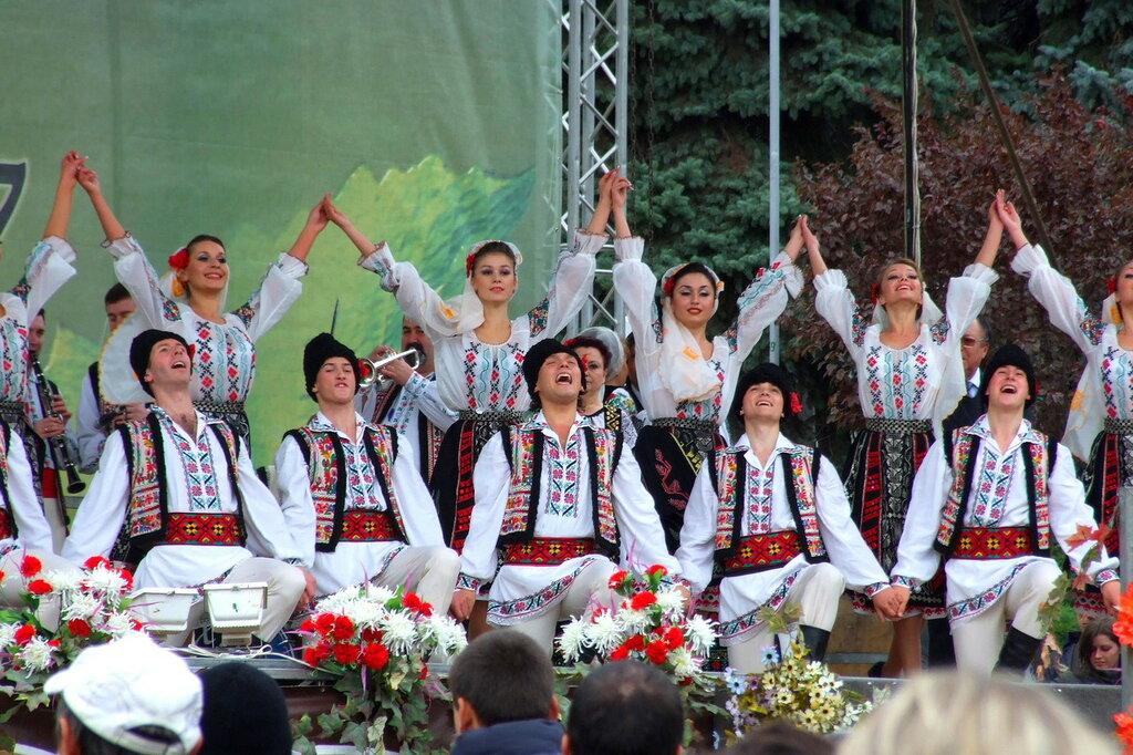 Национальный ансамбль Жок