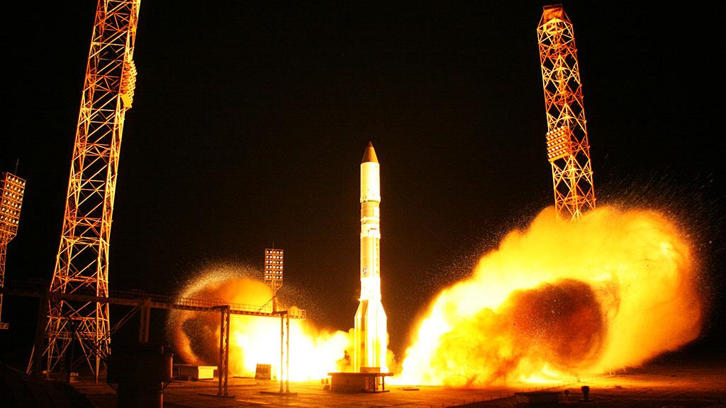 СБайконура стартовал «Протон-М» своенным спутником
