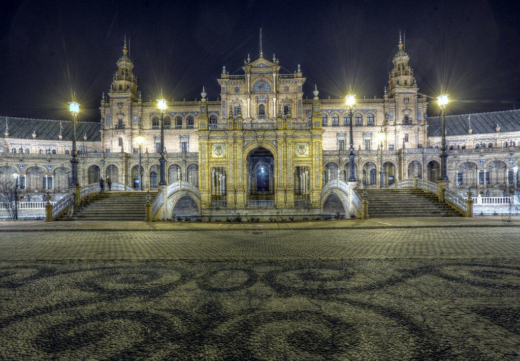 Ночная Севилья в HDR. Площадь Испании