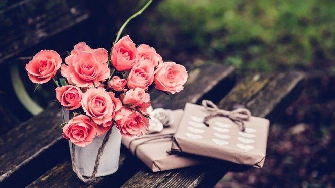 9 цветков выразят покорность и безграничное восхищение. 11 цветков символизируют одно сердце на двои