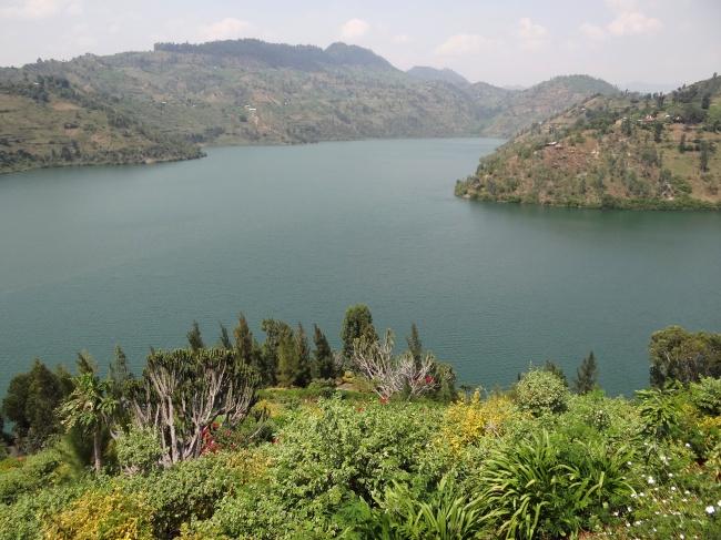 © Wikimedia Commons  Киву— одно изсамых опасных озер напланете. Любая вулканическая активно