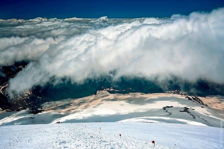 Спуск с вершины очень вымотал, порой он бывает сложнее чем подъем: