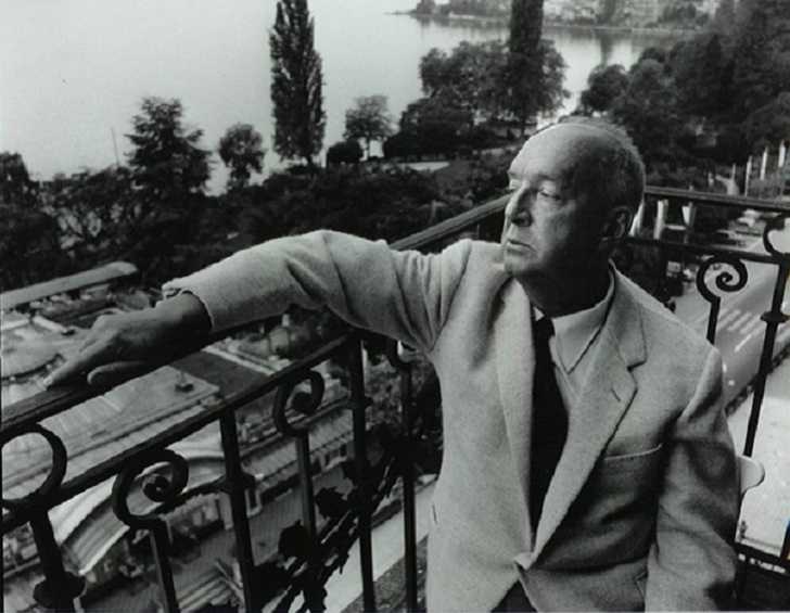 7. Владимир Набоков в Монтре, Швейцария, где он жил с 1961 по 1977 год. Перевод романа на русский сд