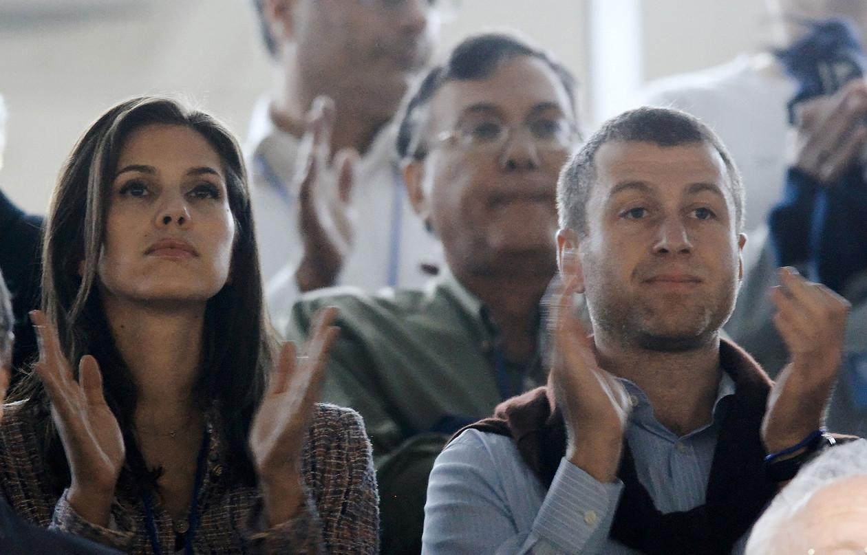 Миллиардер Роман Абрамович и его супруга Дарья Жукова выпустили заявление, в котором сообщили, что п
