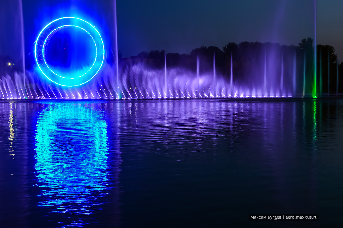 Sun (Esil) Fountain in Astana. Photo by Max Bugaev