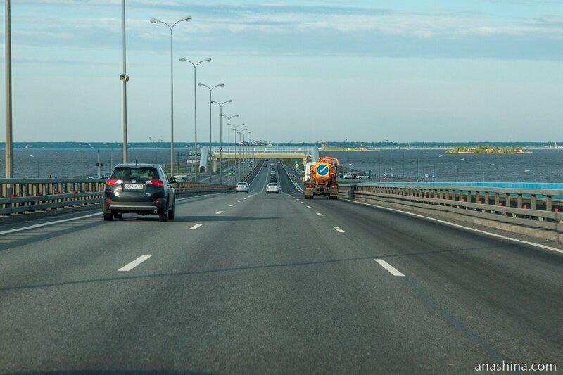 Мост над фарватером, Санкт-Петербург, защитная дамба, КАД