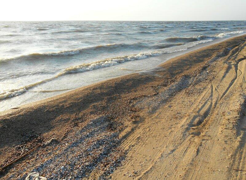 У моря, ветер, прибой, песок. На косе Ясенской ... Август 2017 ... DSCN4100.JPG