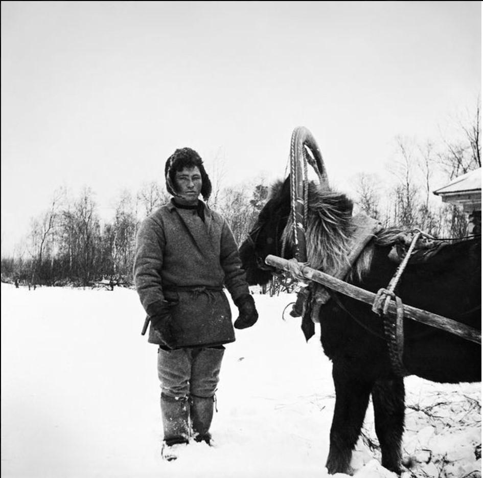 187. Село Ларятское. Егор со своими лошадью