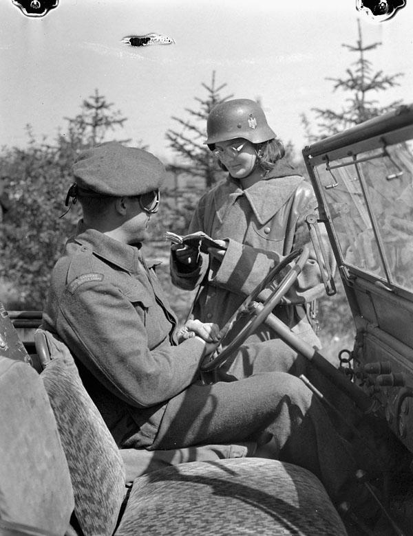 Polish_servicewoman_Haren_German_1945_A158895-v6.jpg