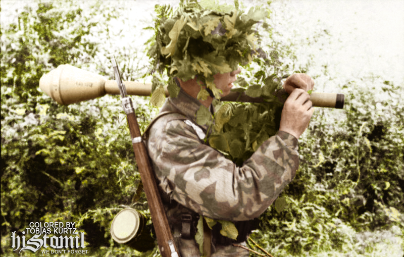 fallschirmjager_with_panzerfaust_by_kapo_neu-d800gbn.png