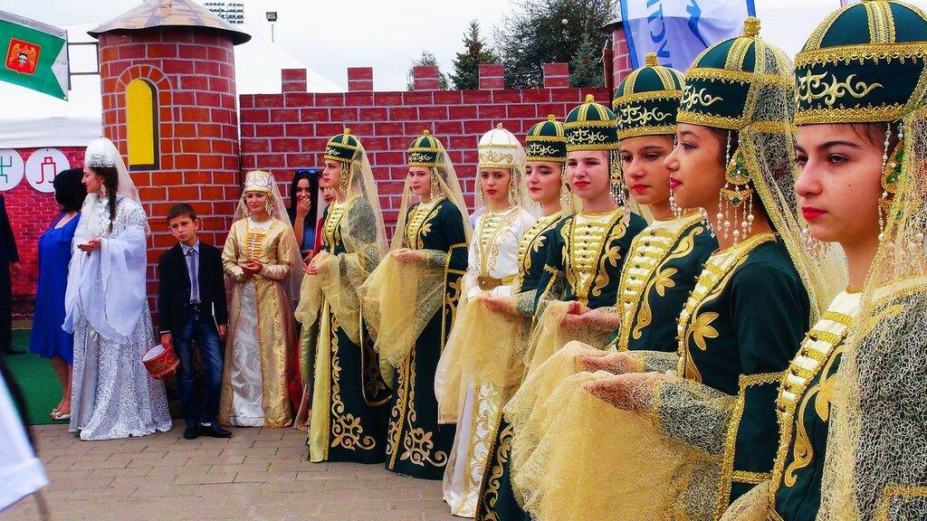 Кабардинские  девушки