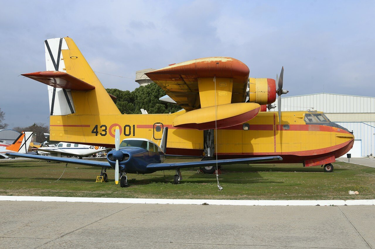 Canadair CL-215 (Museo del Aire, Madrid)