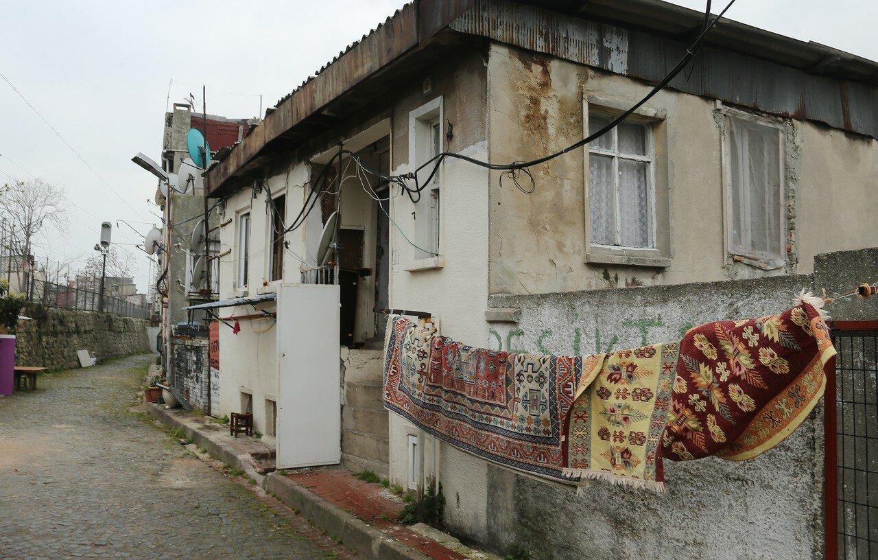 Стамбул. Улица Шадырван (Şadırvan Sokak)
