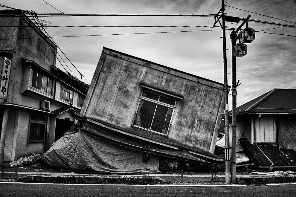 Бесконечное строительство в Азии, Гонконг. (Фото Stuart Chape):